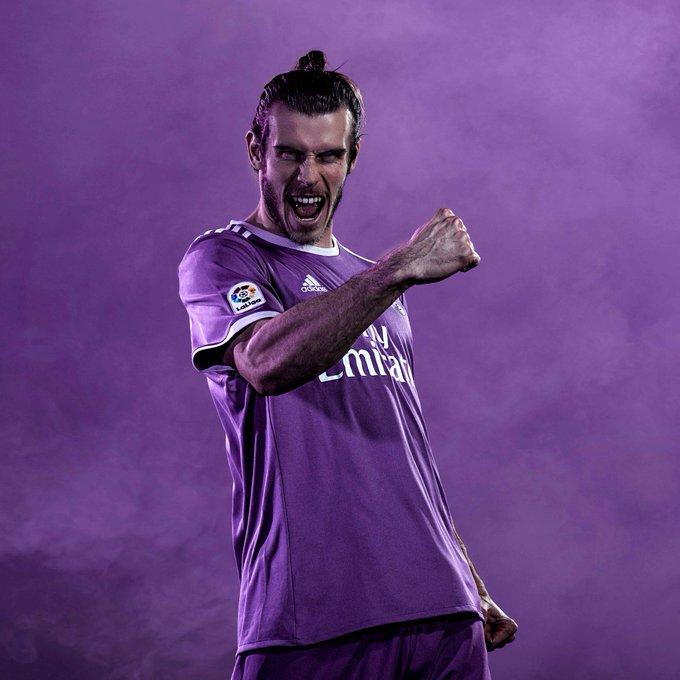 Barcelona e Real Madrid lanA am uniformes a   roxos - Dia a Dia ... eca76ba701e