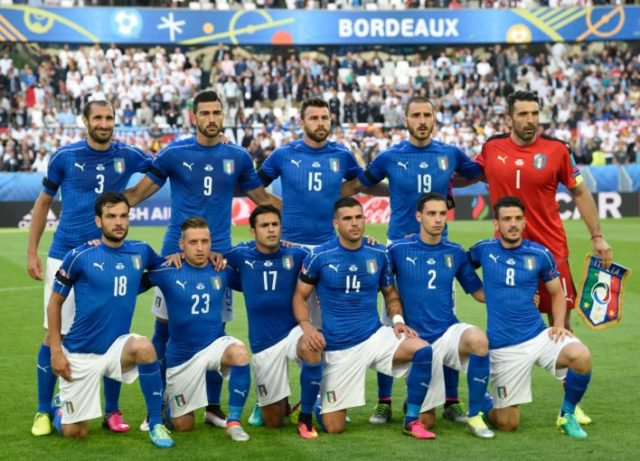 #Ranking @FIFAcom: l'#Italia guadagna due posizioni e torna nella #TopTen --> https://t.co/24fFu010Us #Azzurri