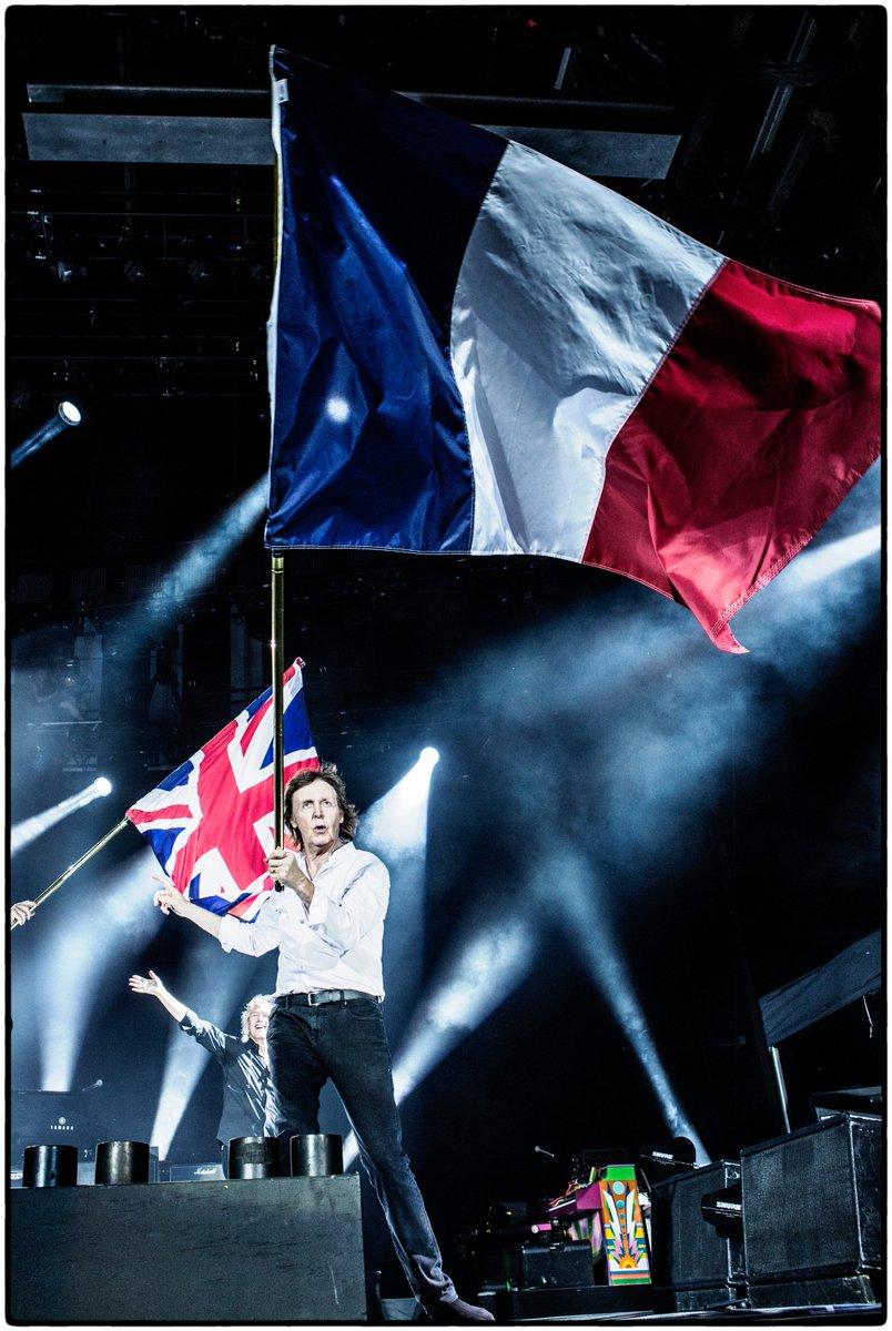 The Beatles Polska: Paul McCartney zagra we Francji w 2020 roku  - kolejne plotki o wznowieniu trasy koncertowej