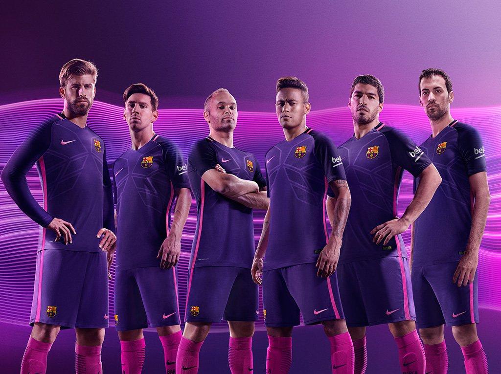 big sale fa229 977a0 Real Madrid and Barcelona release purple away kits on same ...