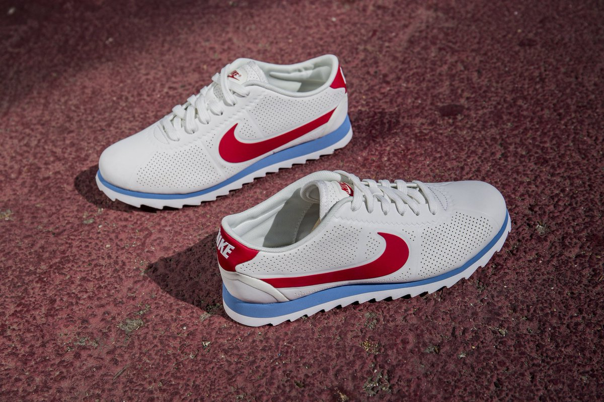 detailing 692b0 13ff4 the womens nike cortez ultra moire is available now white black