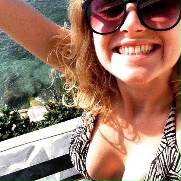 Taylor boobs eliza 61 Sexiest