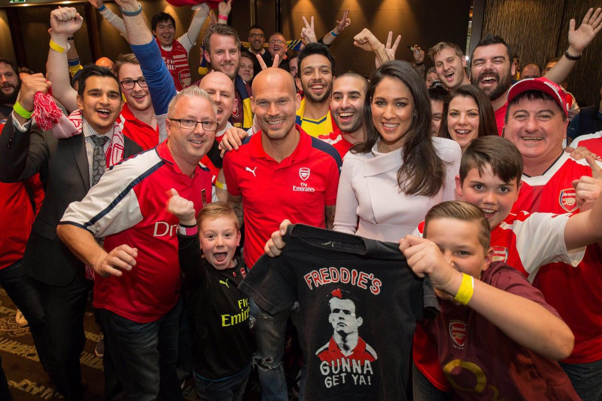 Just wanted to say thanks @AussieArsenal it was great to see you all last night! #ArsenalinSydney #NewSouthWales
