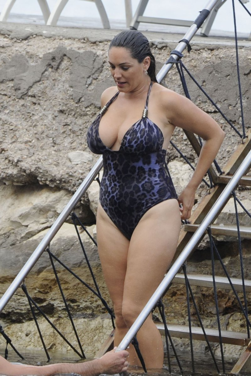 Twitter Kelly Brook naked (83 foto and video), Pussy, Fappening, Instagram, in bikini 2019