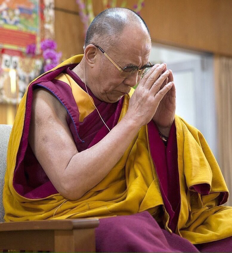 "I #pray for a more friendly, more caring, and more understanding human family on this planet."" ~#DalaiLama #IAmPeace https://t.co/2AWEI3dMHi"