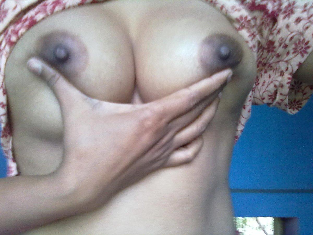 Nude Selfie 7007