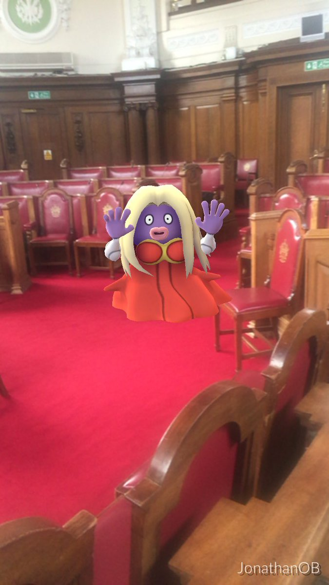 Caught a Jynx while waiting for my wedding to start. https://t.co/jjLz35ZvoL