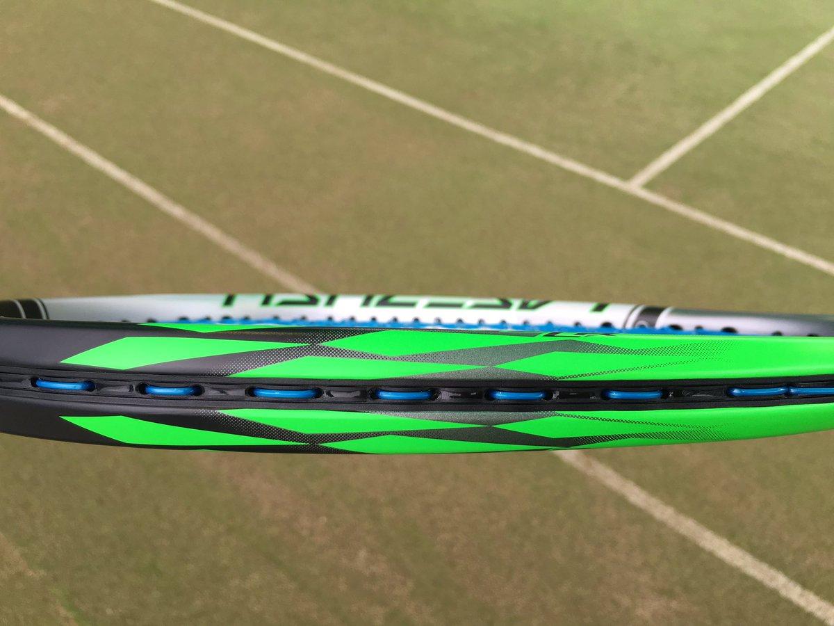 YONEX弾きを凌駕する、瞬発スピード「LASERUSH」【ヨネックス・ソフトテニス】 http//www.yonex.co.jp/soft_tennis/laserush/ \u2026pic.twitter.com/6u7gPETLza