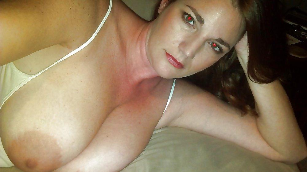 Nude Selfie 7020