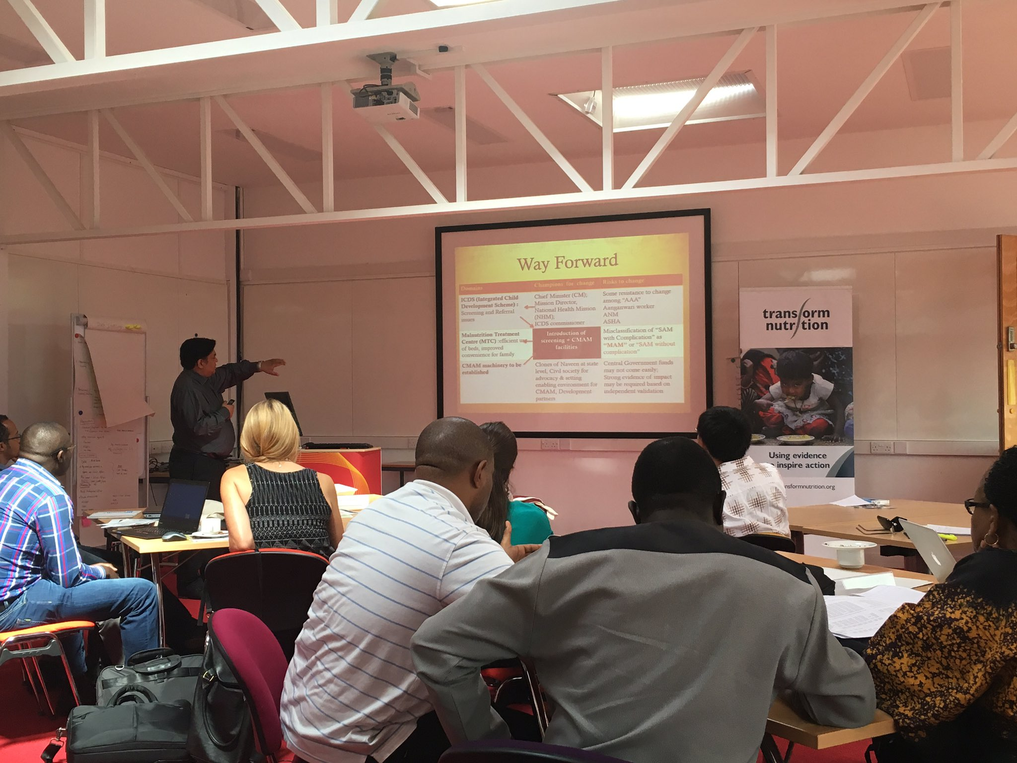 Naveen Jain from Rajasthan health service giving us a way forward for SAM @IDS_UK #transformingnutrition course https://t.co/JFEKY7SI2X