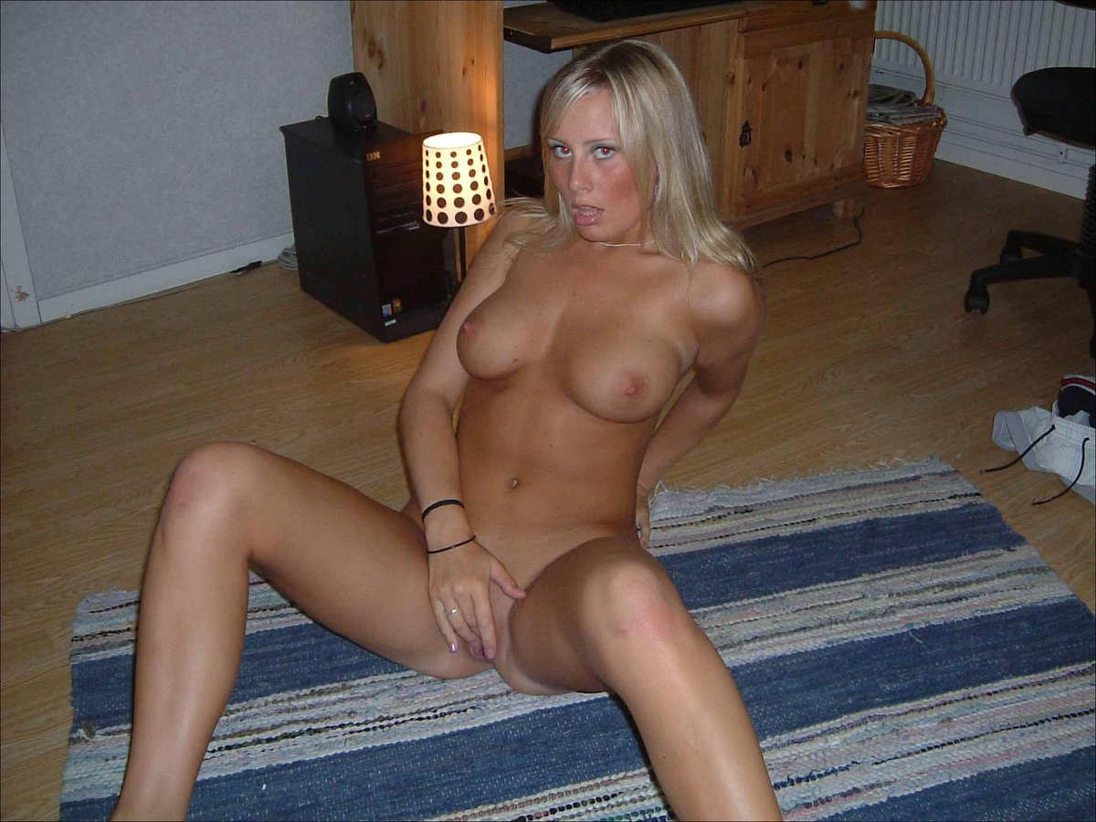 Blonde Teen Blow Job Amateur