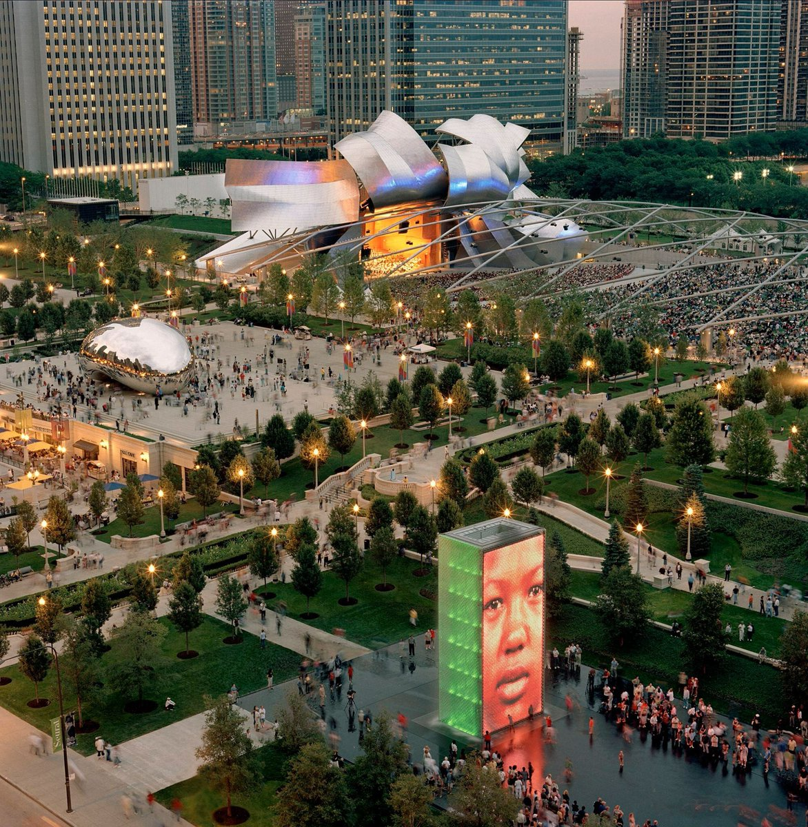 Millennium Park turns 12. Happy Birthday to us! (Photo: Terry Evans – Millennium Park, Opening Night, July 16, 2004) https://t.co/cb7okfVhFw