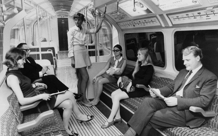 CnfcmRmUkAAQjPD - The Victoria Line's really big 50th birthday!