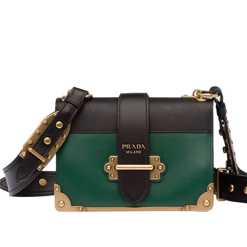 This new Prada Cahier bag tho. Reminds me of Loki. :o https://t.co/BuXBNyL4EG