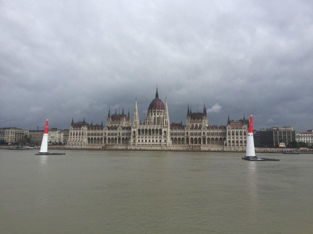 The view#Budapest @Redbullairrace x https://t.co/zVaIUwfjs6