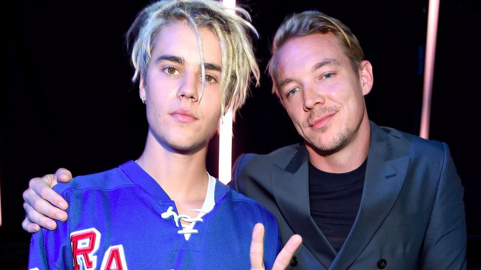 #JustinBieber's New Single with #MajorLazer drops on Friday! @justinbieber @MAJORLAZER https://t.co/pogsjiD3rD