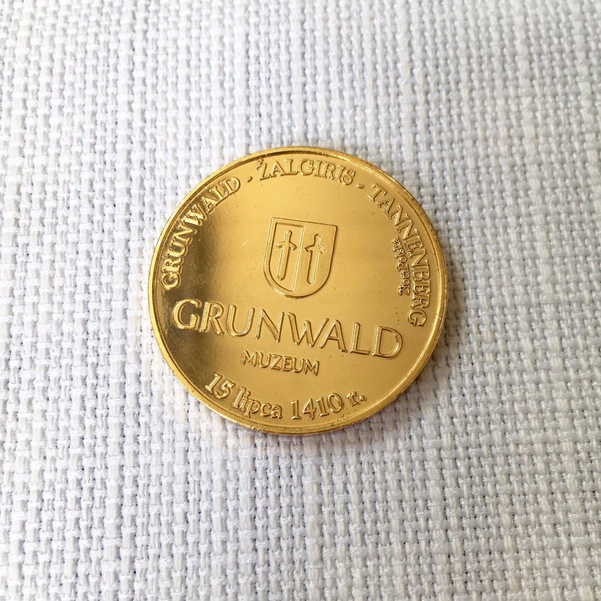あと博物館で売ってたコインが格好良すぎて買ってしまった… グルンヴァルド、ジャルギリス、タンネンベルクと各国の表記で入ってるのが最高です