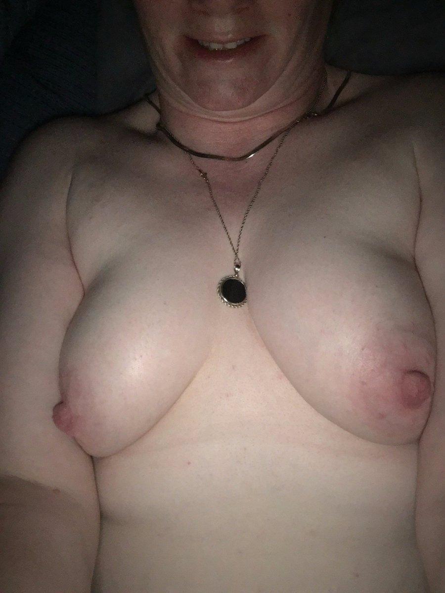 Nude Selfie 7109