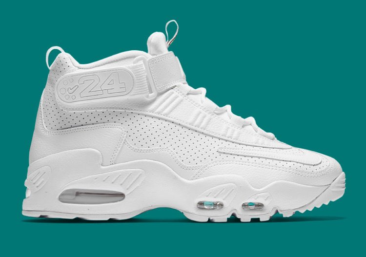 2727e8925fb41 Champs Sports on Twitter