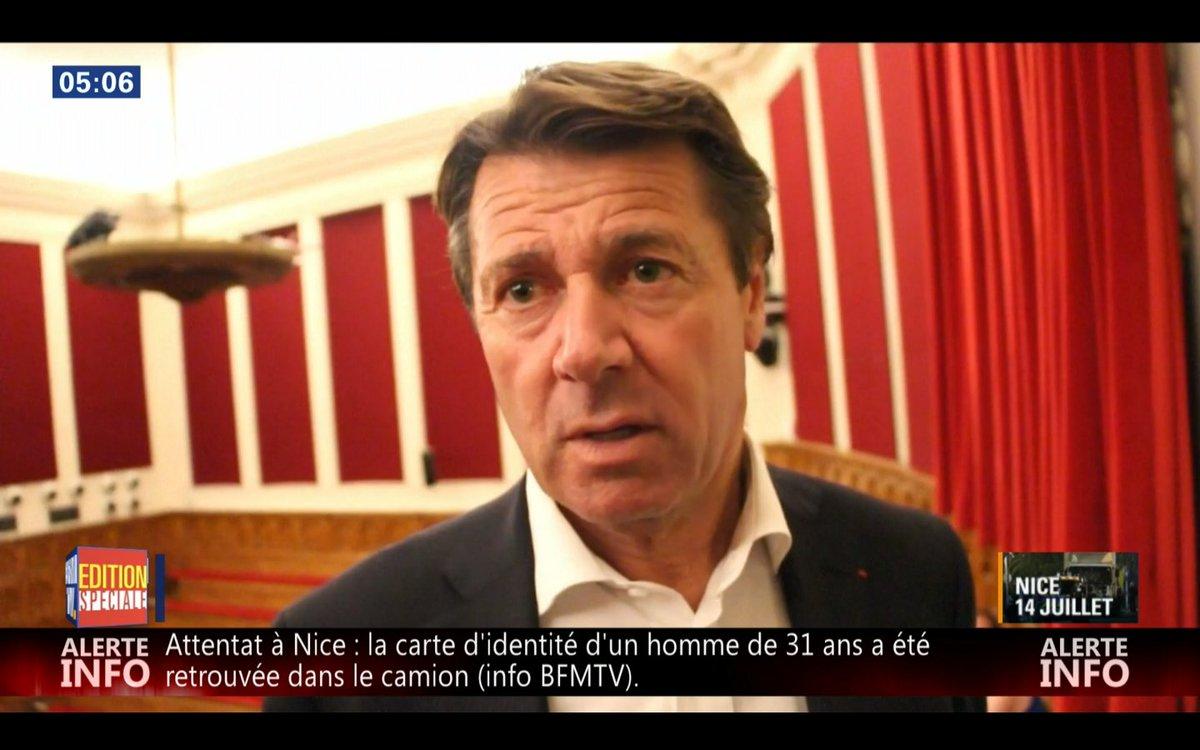 Une pétition démarre qui demande la démission d #Estrosi nice #NiceFr #Nice06  https://t.co/aNe52nIGbg