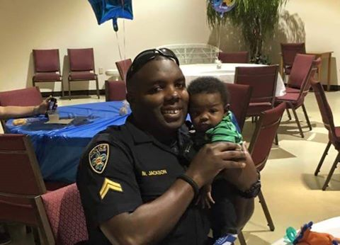 #BatonRouge police Officer Montrell Jackson, 32, with his son, 4 months old, killed today by Gavin Eugene Long. https://t.co/DrS6rL8Hde