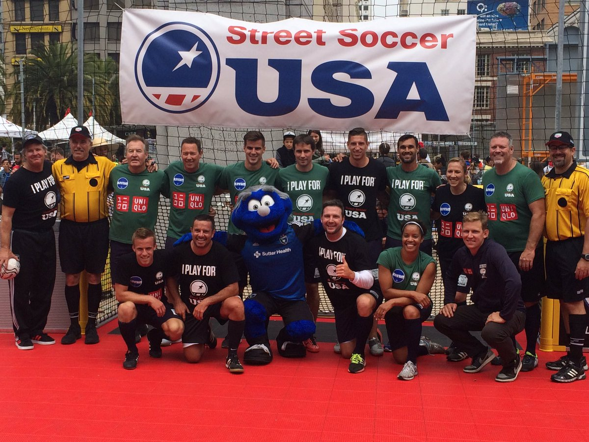 Team @ChrisWondo defeats Team @StreetSoccerUSA 12-9 in a super exciting match! #unionsquaresfcup https://t.co/GP6LKPu6Bc