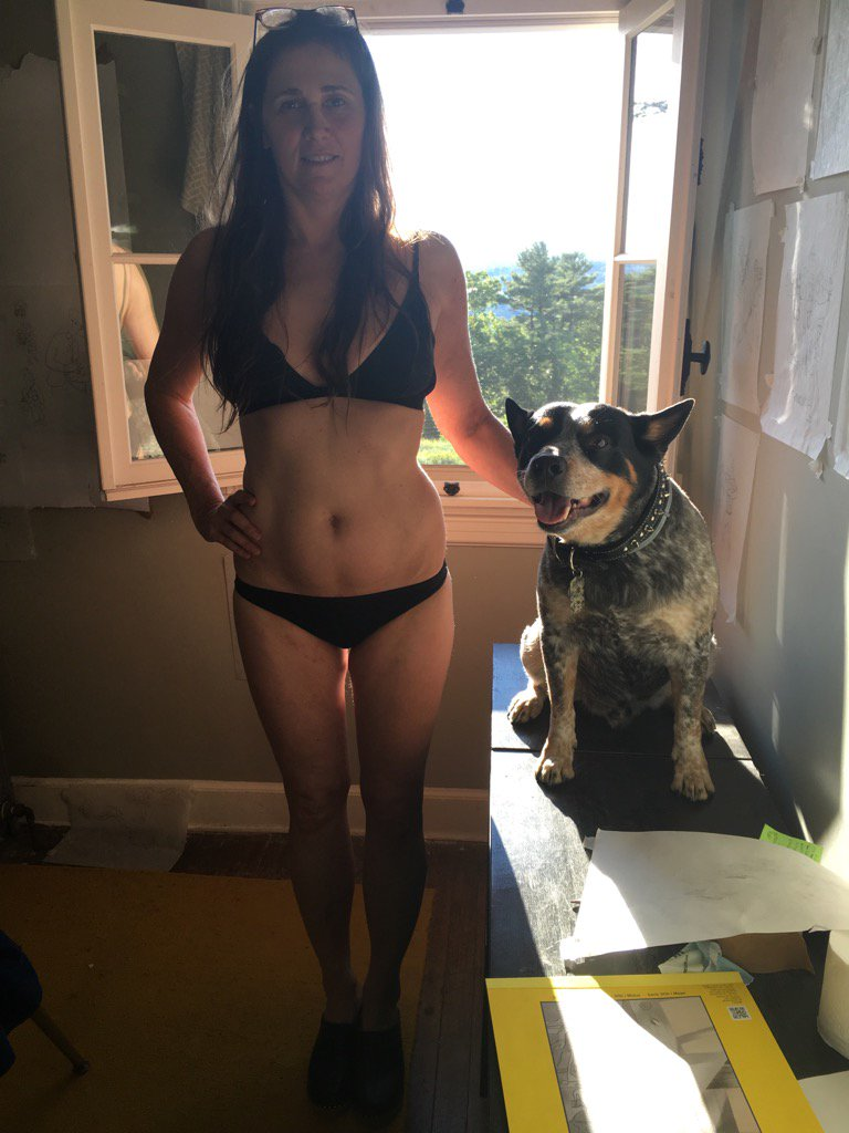 "Randy Quaid on Twitter: ""Men post your wife in a Bikini ..."