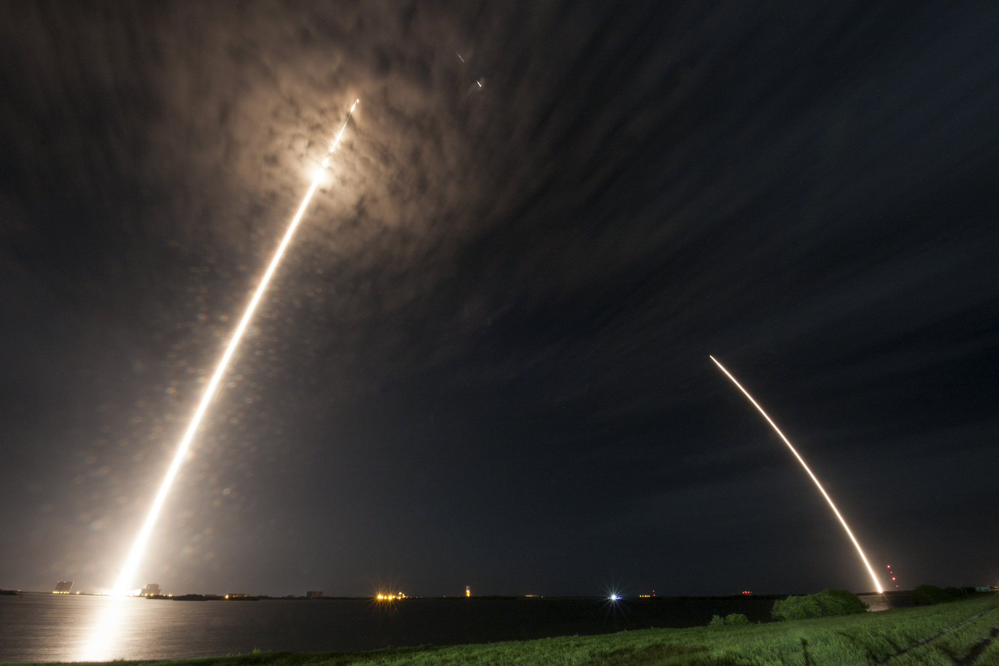 Lancement Falcon 9 / CRS-9 le 18 juillet 2016 CCAFS - Page 2 Cnn13axVYAAt1UV