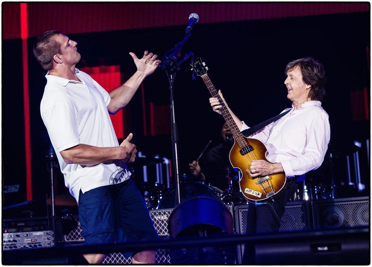 Rob Gronkowski lives out every Beatles' fan's dream, plays air guitar alongside Paul McCartney