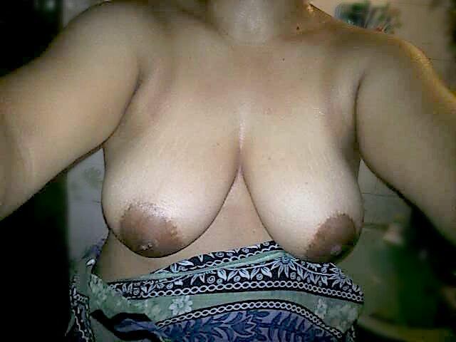 Nude Selfie 7150