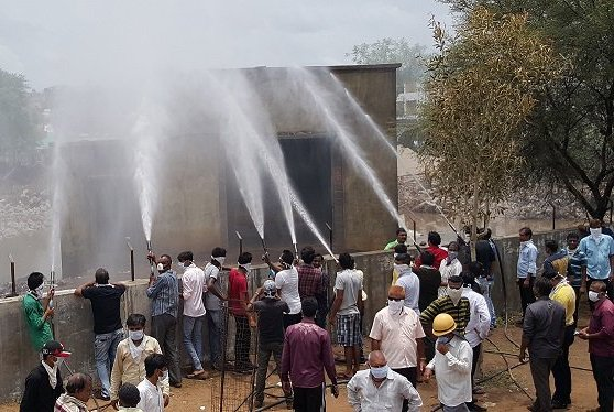 Chlorine gas leakage in Nadiad town of Gujarat, 22 hospitalized, 250 houses vacated