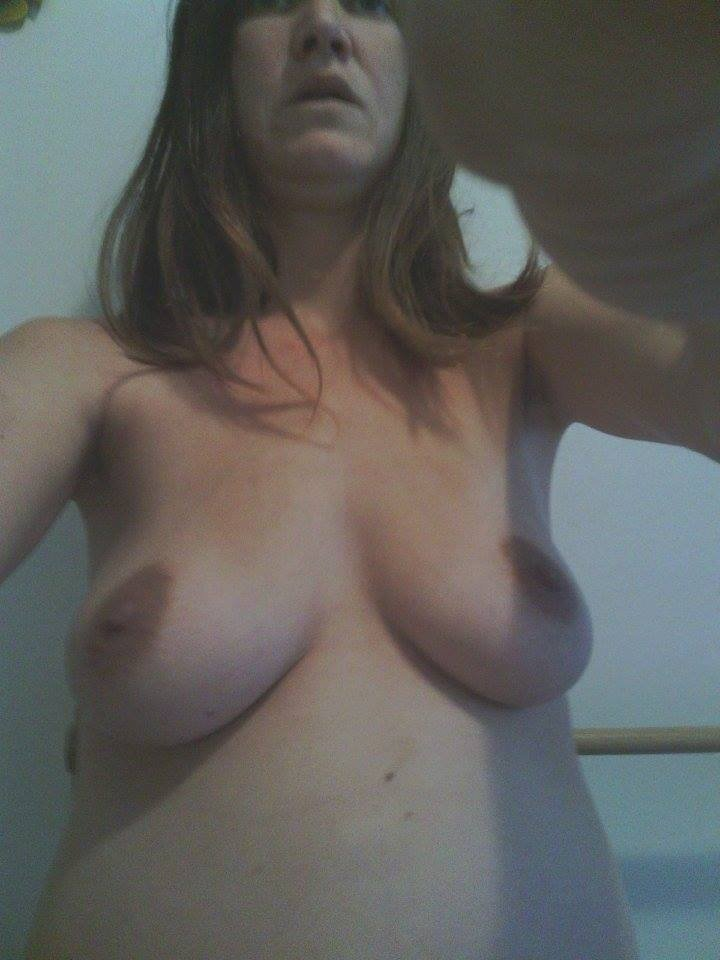 Nude Selfie 7183