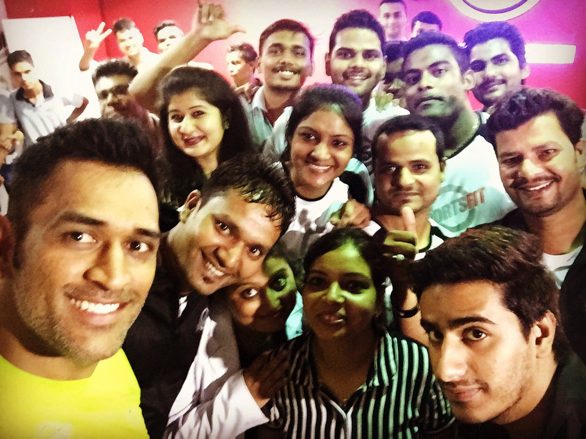 Team SPORTSFIT Lucknow.Nice to visit our first franchise.an hr of gym and fun with the members and management