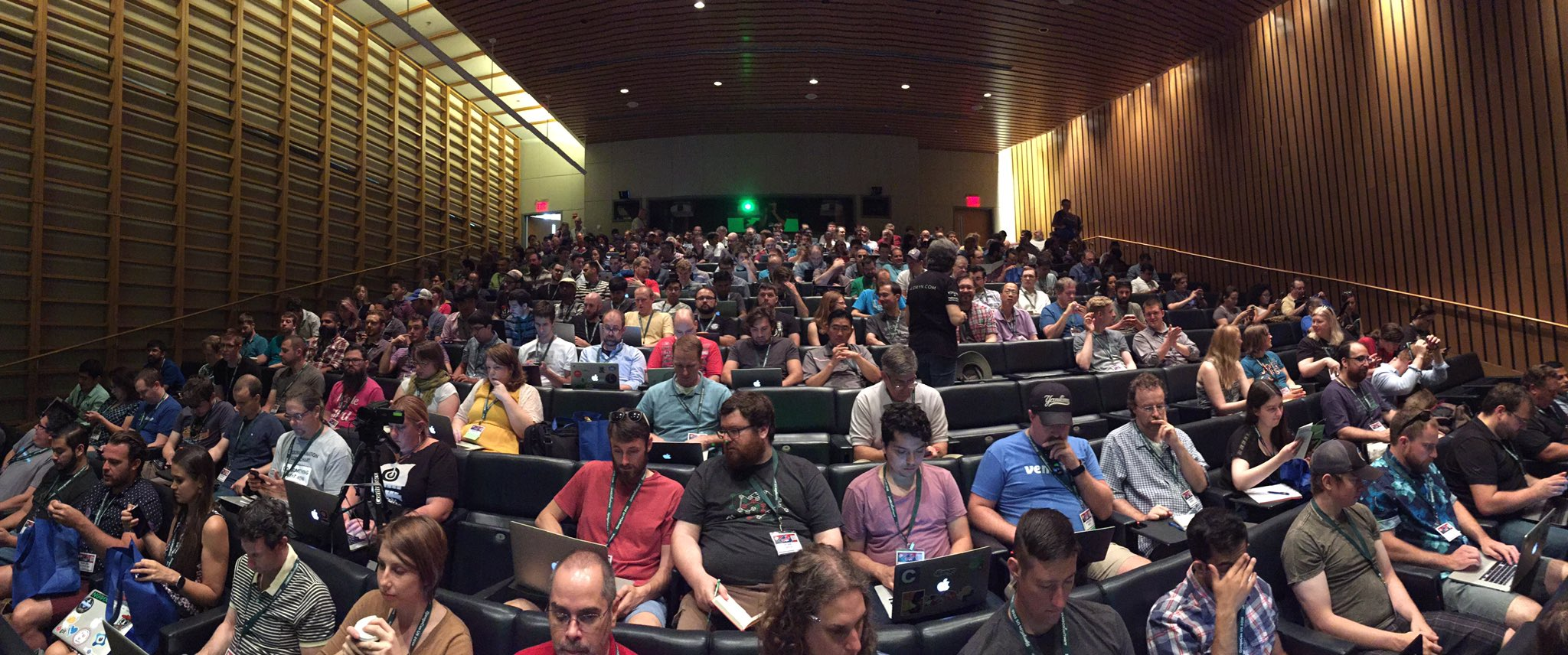 There are a few people at the #djangocon 🔔 opening session… https://t.co/uNmnFz0IsD