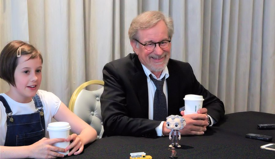 The BFG: Steven Spielberg and Ruby Barnhill Interview #TheBFGEvent #TheBFG ad https://t.co/TDgdIAXs6V https://t.co/b69h4un72e