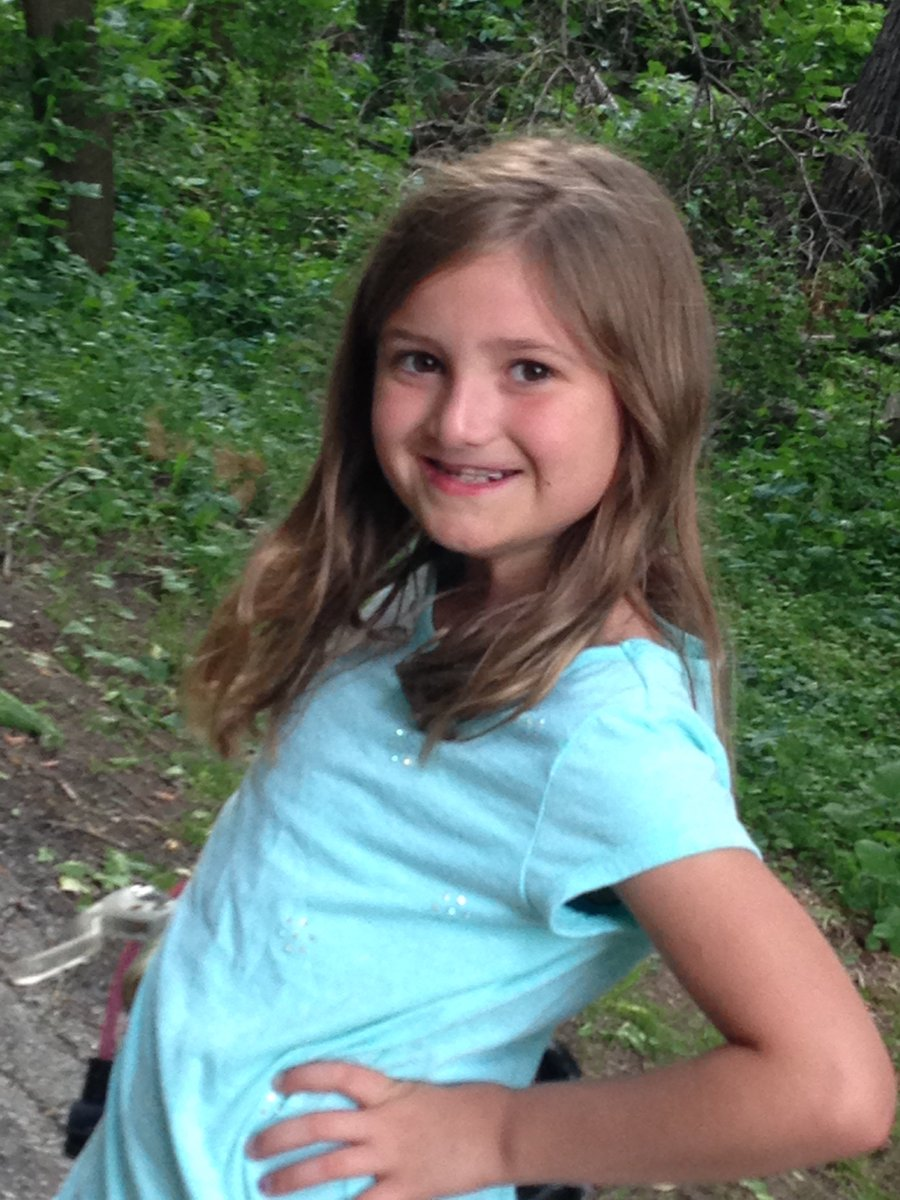 """Melanie Hunter on Twitter: """"meet 10 year old Aleisha and is a 6 year breast  cancer survivor , it will get better , all our best… """""""