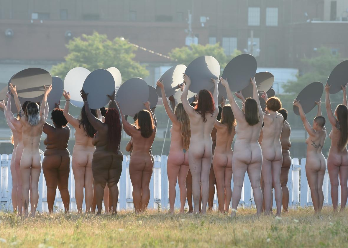 100 nude women protest Trump at the RNC: https://t.co/M44ZWHWIxN https://t.co/7ASXSmYLT5