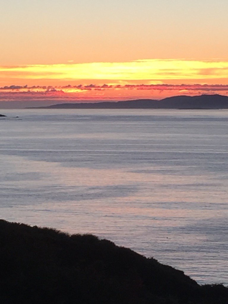 Sunset Connemara https://t.co/6AE3FcNXyF
