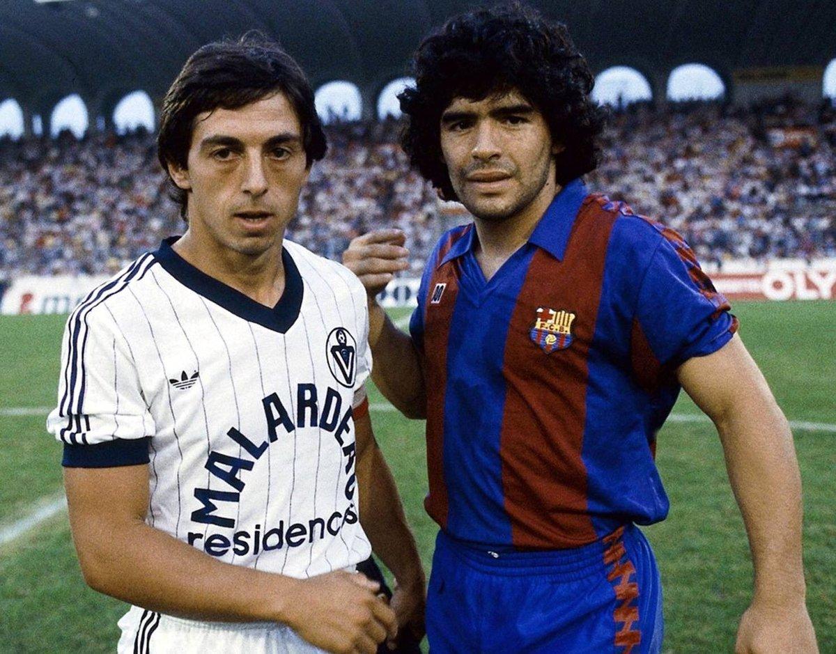 ¿Cuánto mide Diego Armando Maradona? - Altura - Real height CntI_6DWAAAxXVs