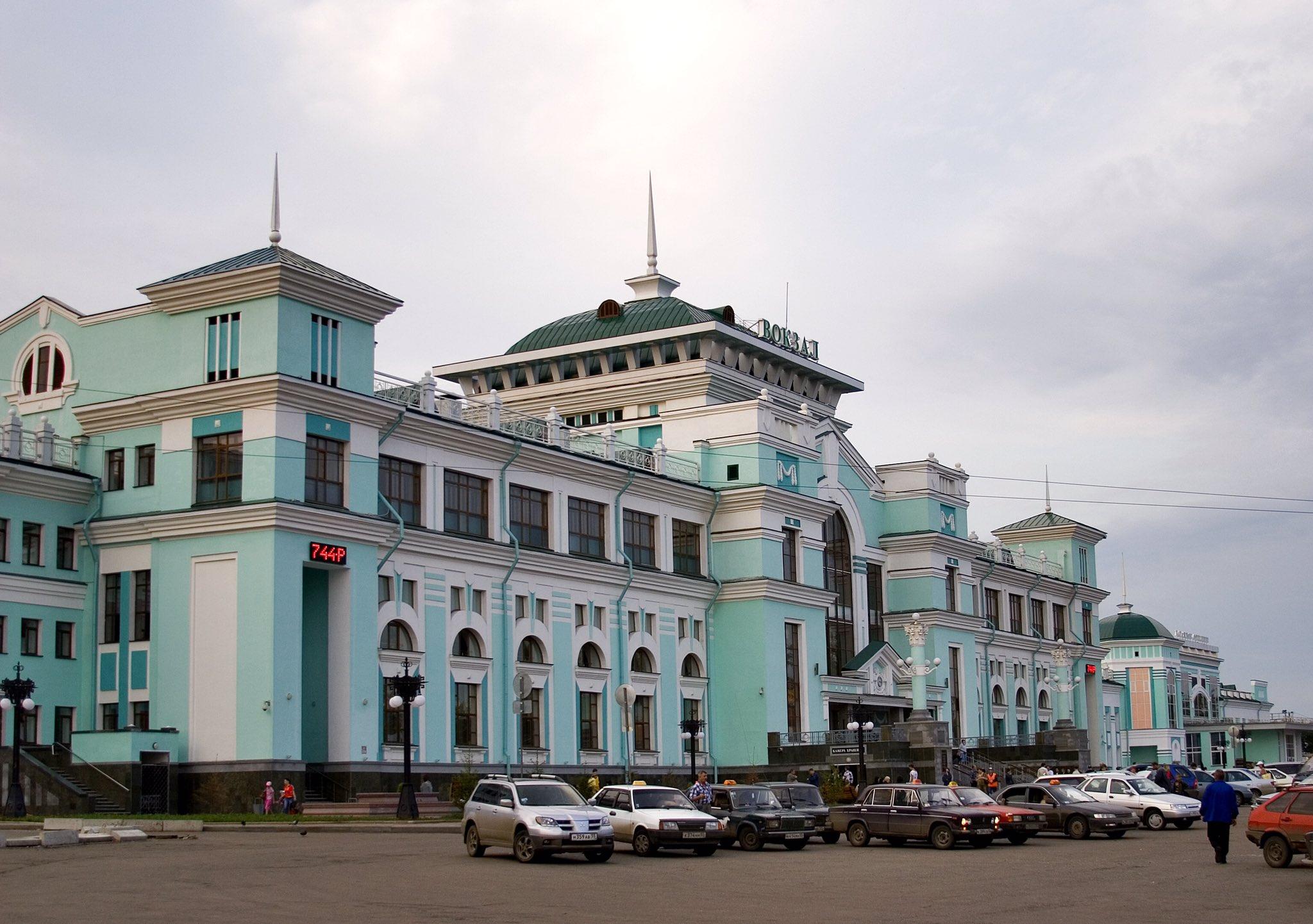 сути фотографии железнодорожного вокзала омска волжская гавань, живописное