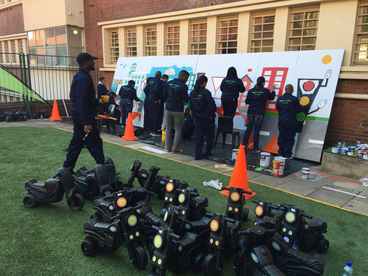 Teaching kids about road safety is crucial. Leaving a legacy is necessary. #SageFoundation #MandelaWeek https://t.co/ygBP45cMcJ