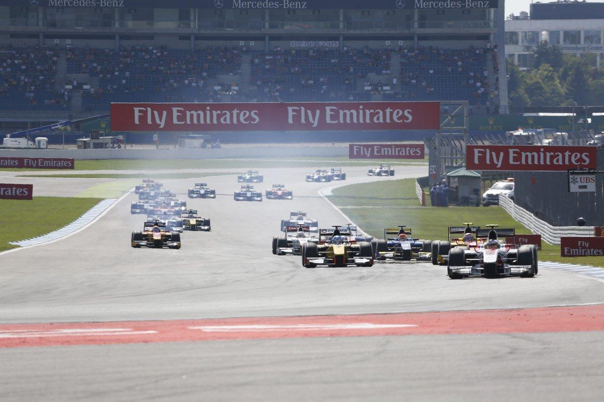 Formula 1: Ungheria, Rosberg davanti a tutti. Disastro Raikkonen
