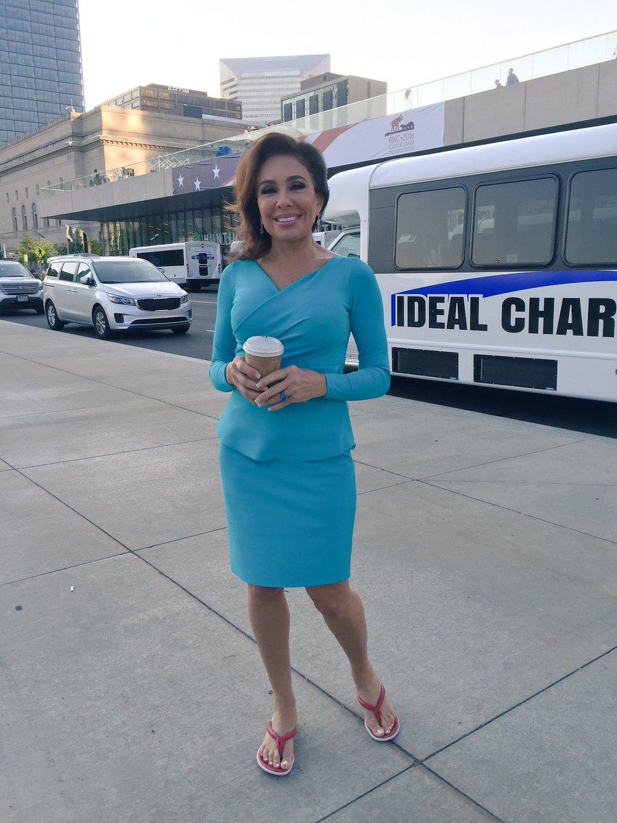 jeanine pirro on twitter walking up to the foxandfriends set