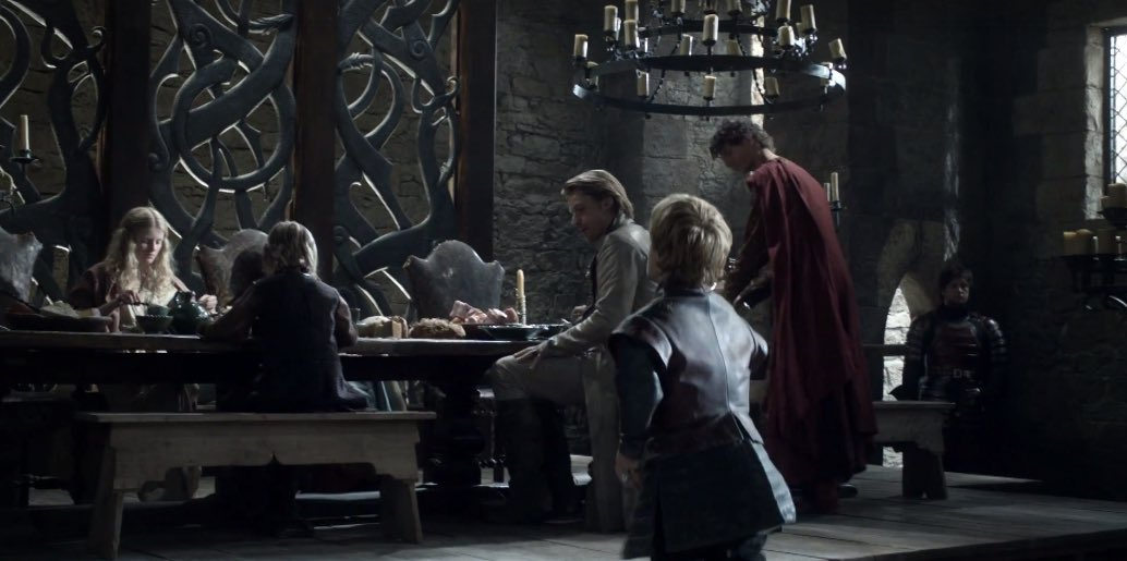 Tyrion joins his family for breakfast. Cue awkward family fun time! 🎉💀🐍 https://t.co/26ebT6ZkZM