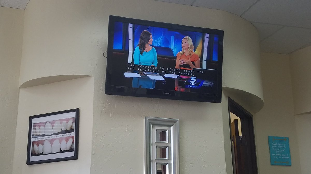 Watching @KOCOAbigail at My Dentist in the waiting room. https://t.co/26CimWfNpd