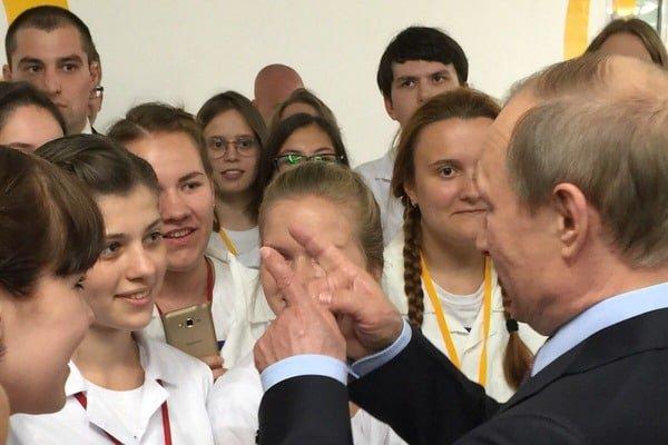 Оккупация Крыма РФ подорвала европейскую безопасность, - Столтенберг - Цензор.НЕТ 9157