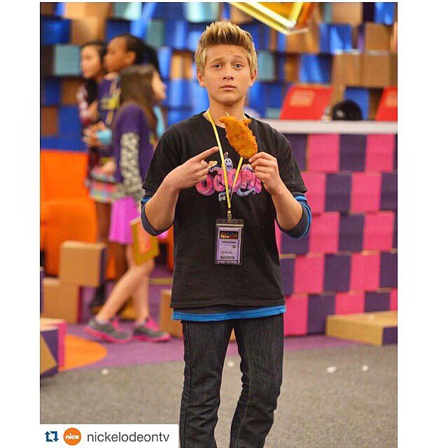 22+ Hudson From Game Shakers Now Background