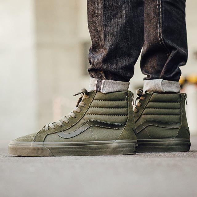 f0304907ef SneakerMash on Twitter