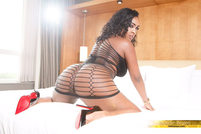 1 pic. These pictures though?? @HHHoneys #twitterafterdark #ebony #latina #sexy https://t.co/svdhRvp