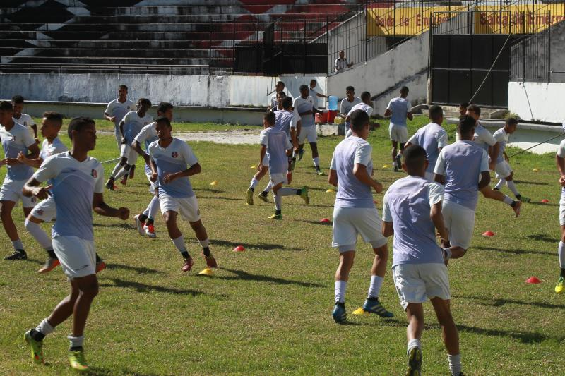 7882c842a Grêmio Porto Alegre vs Santa Cruz-PE Brasileirão 2016